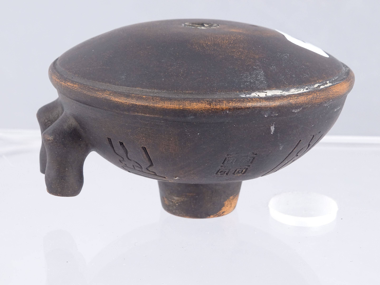 Rare et ancien fourneau de pipe à opium à réservoir d'eau à deux cheminées...