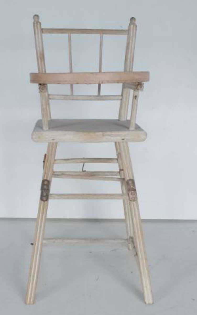 chaise de b b pour poup e 70 cm vente aux ench res