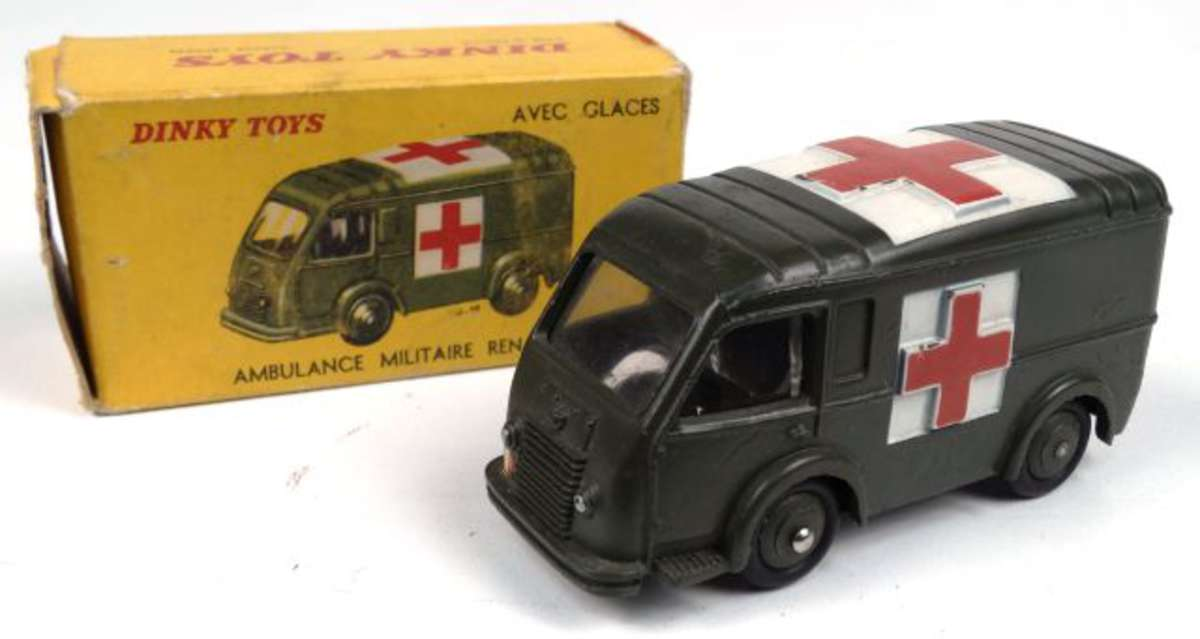dinky toys rlt ambulance bon tat d 39 usage en boite usag e manque volets sur un cote r f. Black Bedroom Furniture Sets. Home Design Ideas