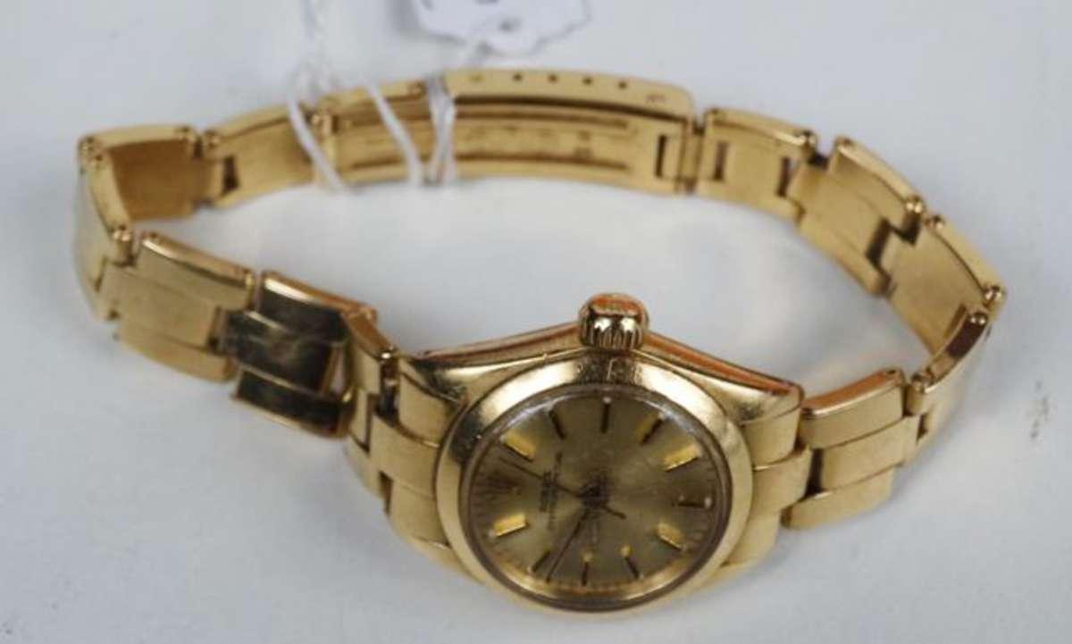 Rolex - Montre de dame Oyster Perpetual n° 7204A en or jaune, bracelet...