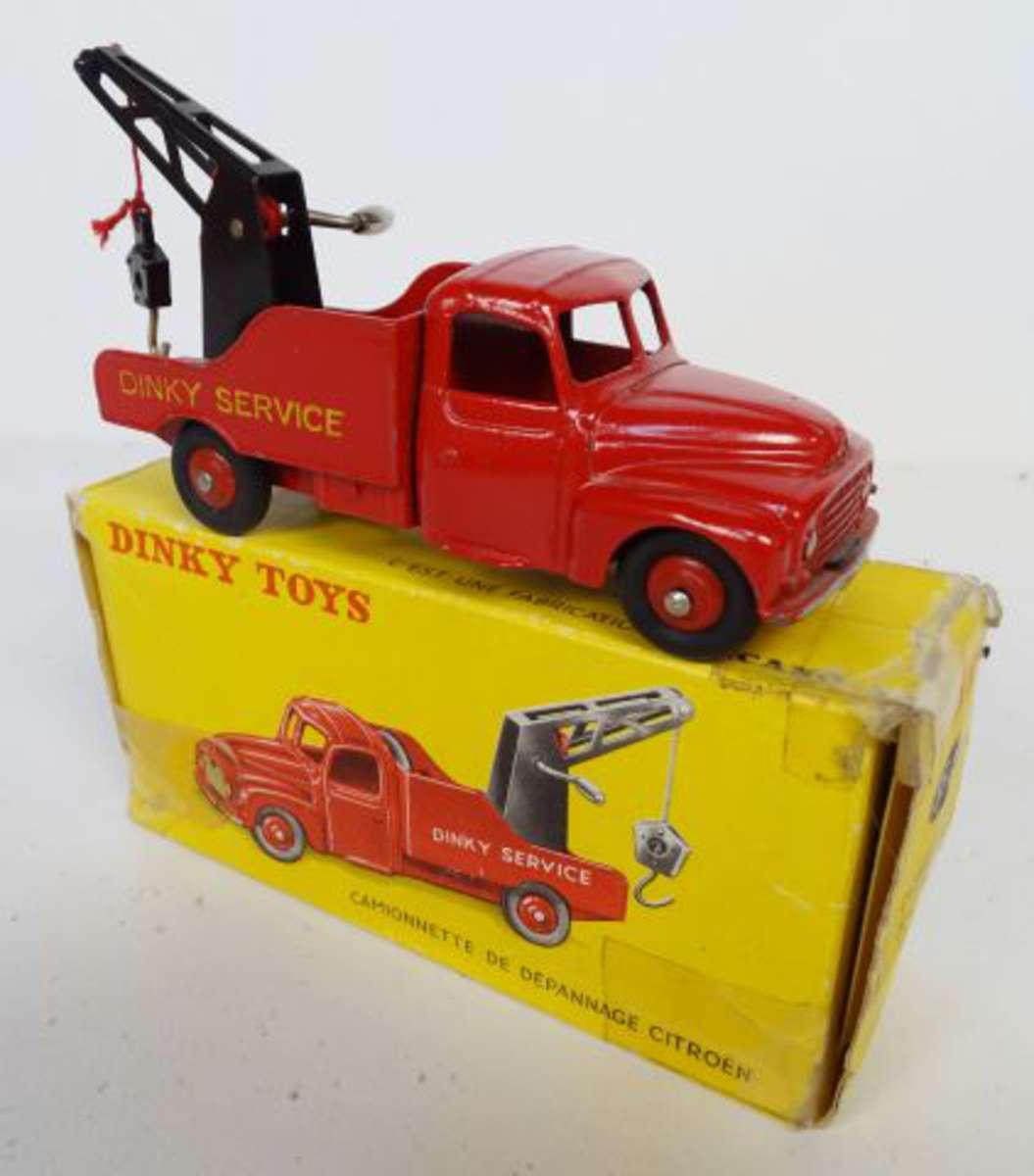 cote et estimation des voitures dinky toys. Black Bedroom Furniture Sets. Home Design Ideas