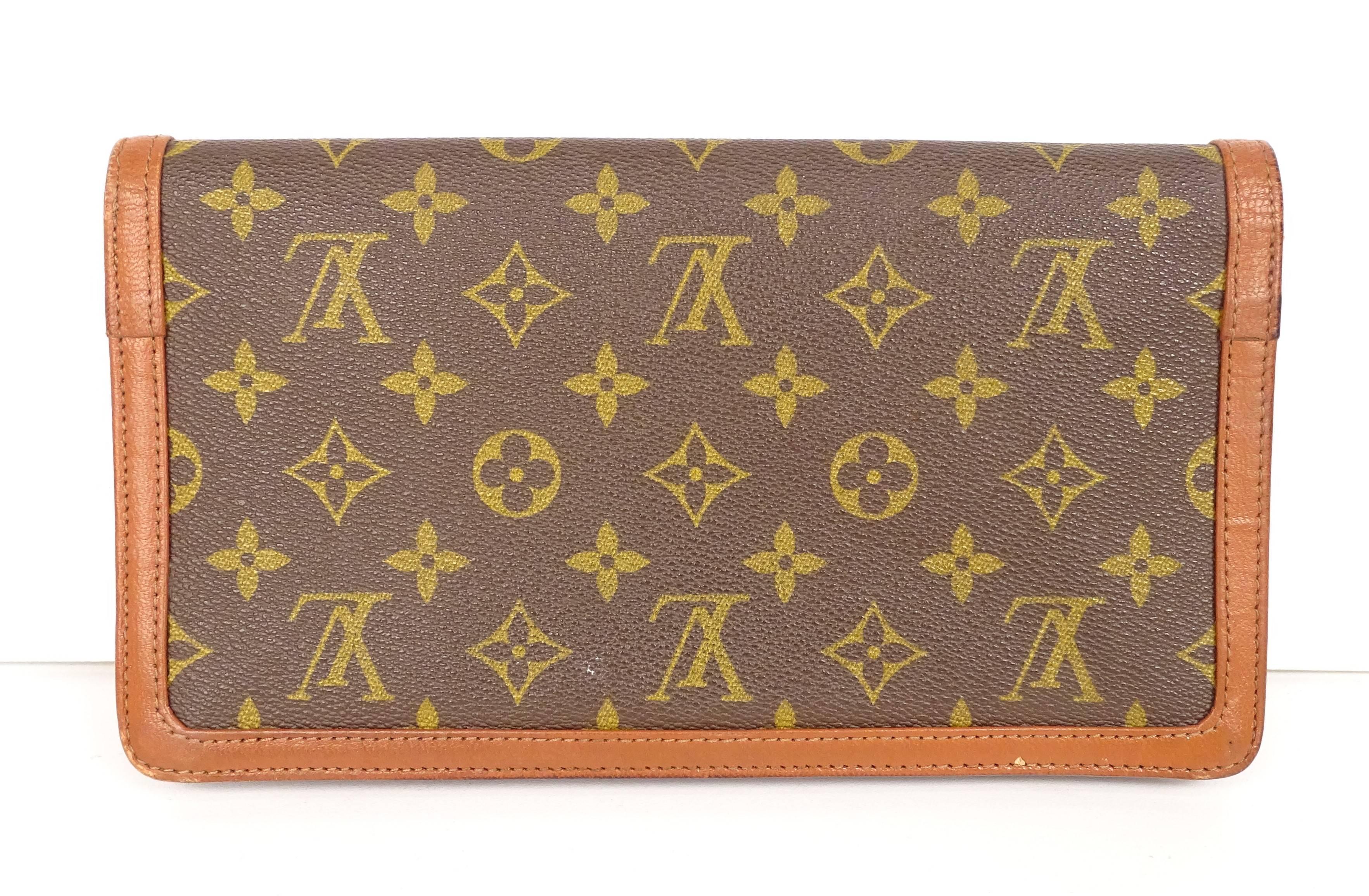 e2927144969 LOUIS VUITTON - Pochette en toile enduite monogram et cuir naturel ...