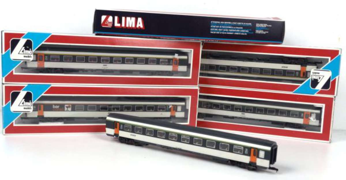 lima 5 voitures en boite 9185 9184 9186 9232 9193 vente aux ench res jouets trains. Black Bedroom Furniture Sets. Home Design Ideas
