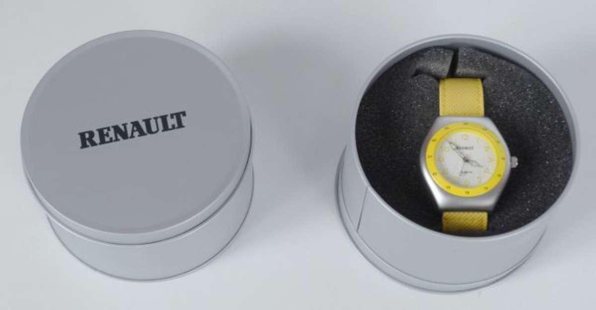 renault 2 montres d 39 homme publicitaire pour le mod le sc nic en acier avec bracelet jaune. Black Bedroom Furniture Sets. Home Design Ideas