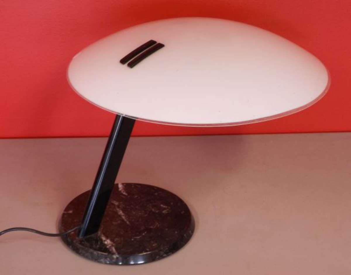 Gecchelin b. lampe de bureau à abat jour circulaire en verre satiné