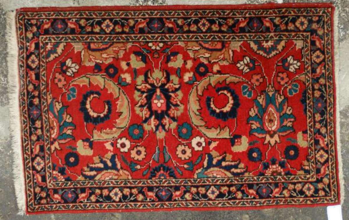 tapis laine et coton le champ rouge meubl de rinceau bordure marine 110 x 70 cm vente aux. Black Bedroom Furniture Sets. Home Design Ideas