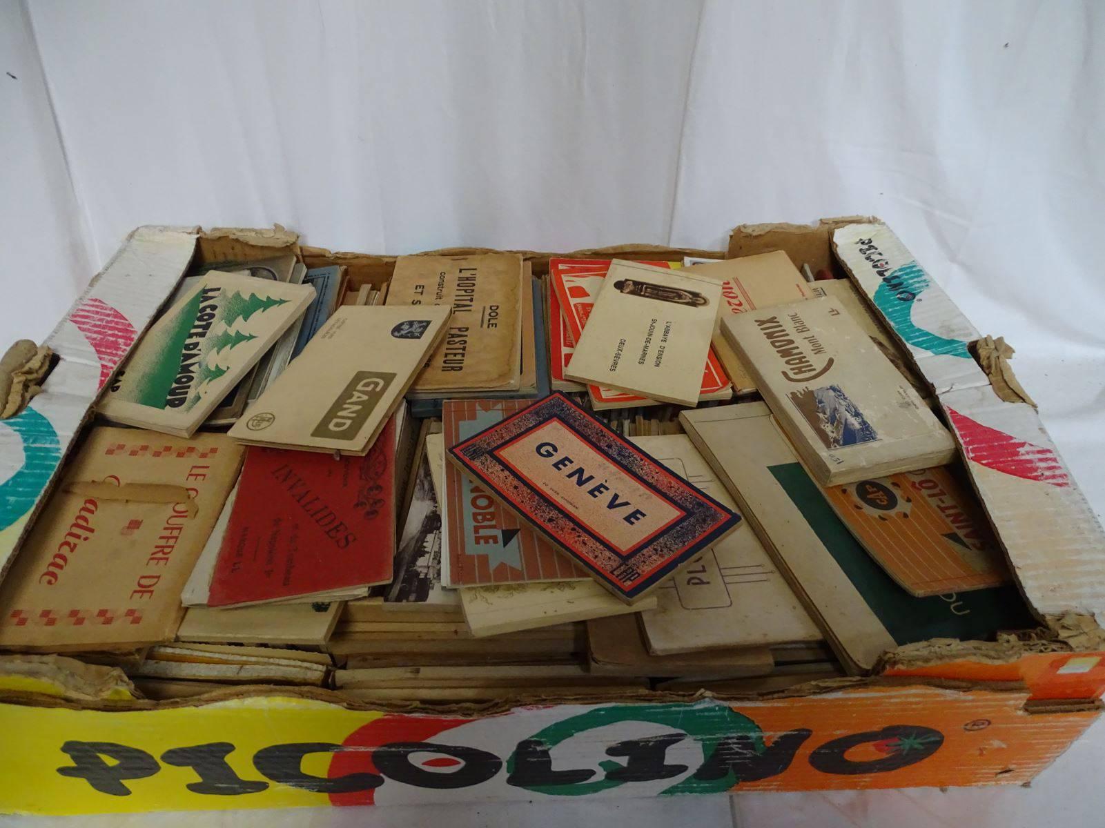 Cartes Postales - Carton de plusieurs dizaines de Carnets anciens - villes et villages, Vente ...