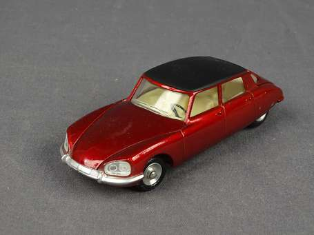 Dinky toys Spain - Citroen DS23 - Couleur rouge