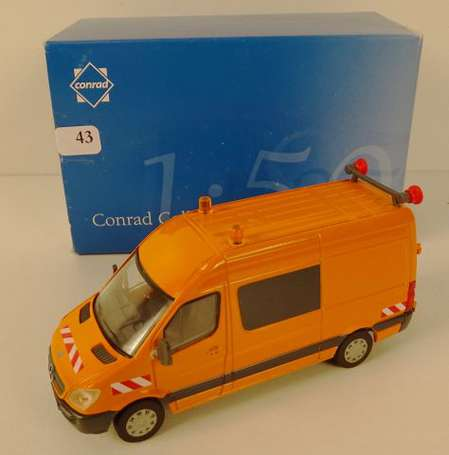 CONRAD-Camionnette SPRINTER MERCEDES orange, neuf