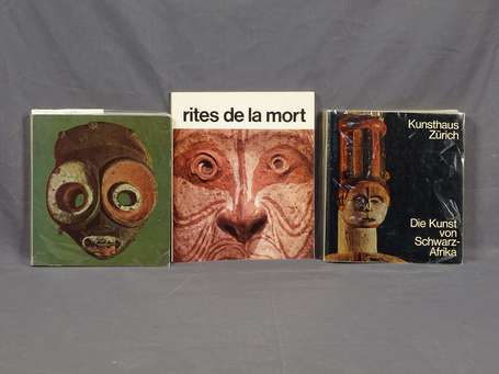 Trois ouvrages N°1- 'Kunst uit Afrika  (Haags